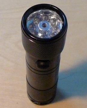 Lanterna Aluminiu Black 8 LED-uri + LASER - Pret | Preturi Lanterna Aluminiu Black 8 LED-uri + LASER
