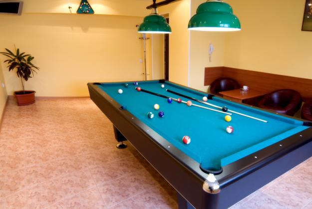 Amenajari agrement: Biliard, Poker, Remi, Mobilier - Pret | Preturi Amenajari agrement: Biliard, Poker, Remi, Mobilier