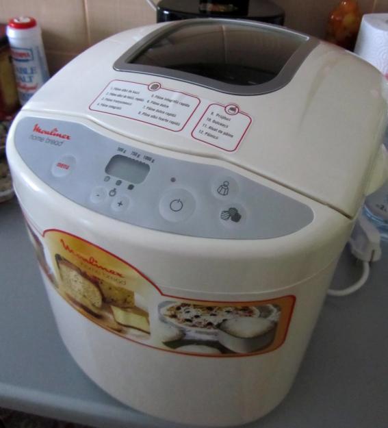 Robot de facut paine si prajituri Moulinex OW2000 12 programe - Pret   Preturi Robot de facut paine si prajituri Moulinex OW2000 12 programe