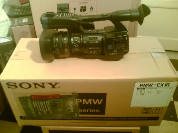 Sony HVR-Z5, Sony HXR-NX5, Sony PMW-EX1r, Camere video Full HD Broadcast, Productie ! - Pret | Preturi Sony HVR-Z5, Sony HXR-NX5, Sony PMW-EX1r, Camere video Full HD Broadcast, Productie !