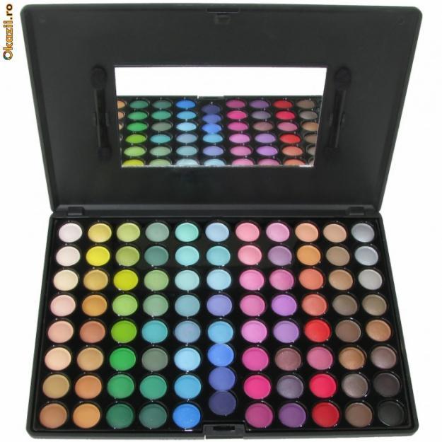 Trusa Machiaj Profesionala 88 Culori Farduri - Pret | Preturi Trusa Machiaj Profesionala 88 Culori Farduri