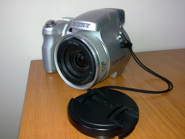 Sony DSC H7,  argintiu, in stare foarte buna - Pret | Preturi Sony DSC H7,  argintiu, in stare foarte buna
