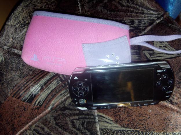 Vand PSP 2004 black! - Pret | Preturi Vand PSP 2004 black!
