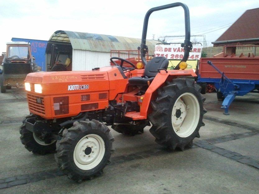 Cel mai ieftin tractor de 30 C.P. – la Wirax Distributie - Pret | Preturi Cel mai ieftin tractor de 30 C.P. – la Wirax Distributie