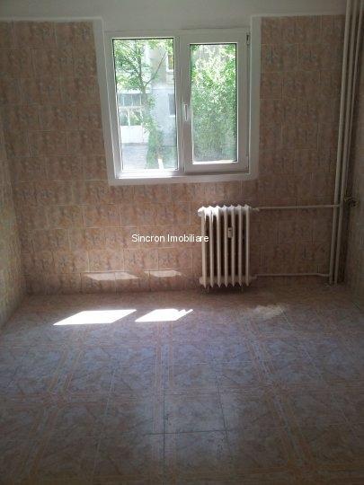 Vanzare apartament 2 camere renovat Titan - 1 Decembrie 1918 - Pret | Preturi Vanzare apartament 2 camere renovat Titan - 1 Decembrie 1918