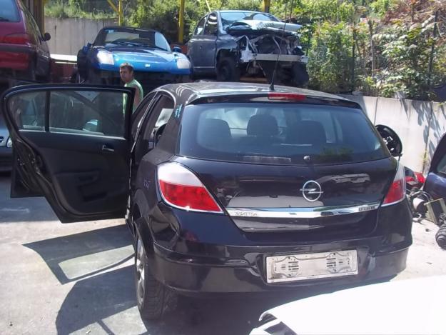 Dezmembrez Opel Astra H cu motorizarea 13 17 19 - Pret | Preturi Dezmembrez Opel Astra H cu motorizarea 13 17 19