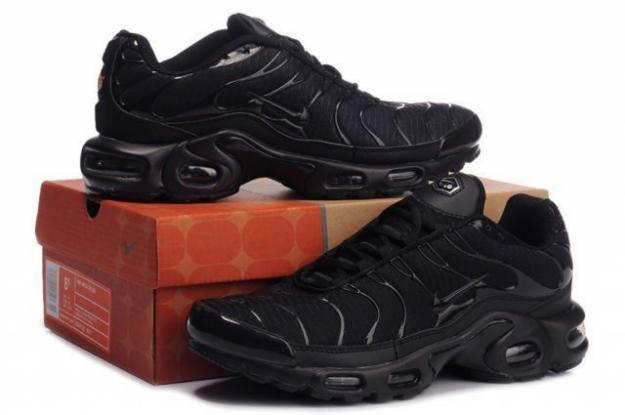 Nike Tn ---270 Ron--Originaleee - Pret | Preturi Nike Tn ---270 Ron--Originaleee