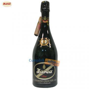 Vin spumant demisec Zarea Diamond Collection 0.75 L - Pret | Preturi Vin spumant demisec Zarea Diamond Collection 0.75 L