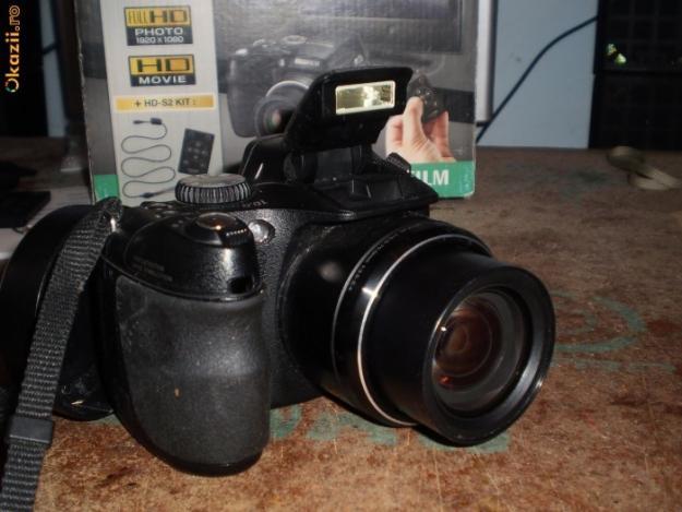 Fujifilm finepix s2000hd pret preturi fujifilm finepix for Appareil photo fujifilm finepix s2000hd