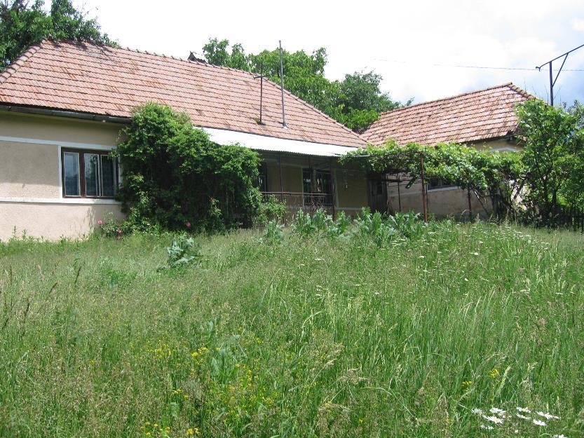 Schimb casa la tara cu apartament la oras in Targu Mures - Pret | Preturi Schimb casa la tara cu apartament la oras in Targu Mures
