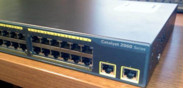 Cisco Catalyst 2960-24TT-L - Pret   Preturi Cisco Catalyst 2960-24TT-L
