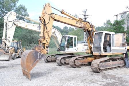 Cilindrii hidraulici excavator Liebherr 912 - Pret | Preturi Cilindrii hidraulici excavator Liebherr 912