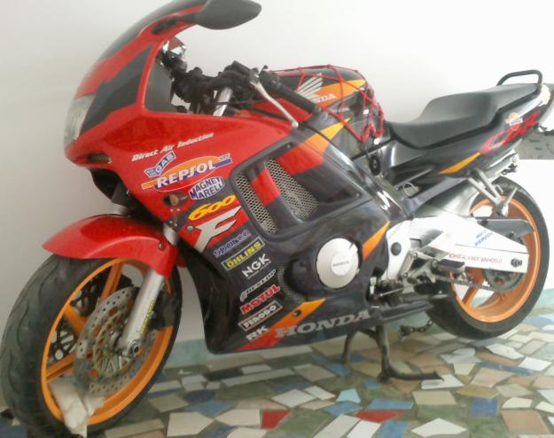 Vand Honda CBR 600! - Pret | Preturi Vand Honda CBR 600!