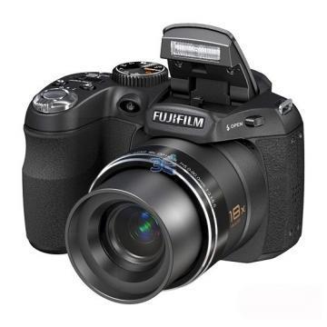 Fujifilm FinePix S1800 + Transport Gratuit - Pret | Preturi Fujifilm FinePix S1800 + Transport Gratuit