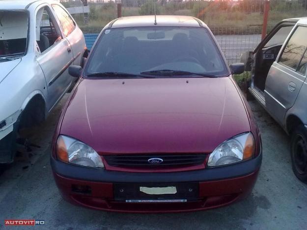 Dezmembrez Ford Fiesta 1.8 diesel din 2000 caroserie - Pret   Preturi Dezmembrez Ford Fiesta 1.8 diesel din 2000 caroserie