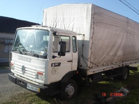 vand camion cu remorca ambele basculabile pret preturi vand camion cu remorca ambele basculabile. Black Bedroom Furniture Sets. Home Design Ideas