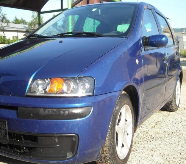 Dezmembrez Fiat Punto 1.9 jtd din 2000 caroserie - Pret | Preturi Dezmembrez Fiat Punto 1.9 jtd din 2000 caroserie
