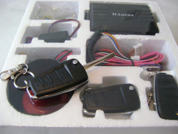 Alarme auto H.Lucas cu telecomenzi cu cheie briceag sau telecomenzi simple. - Pret | Preturi Alarme auto H.Lucas cu telecomenzi cu cheie briceag sau telecomenzi simple.