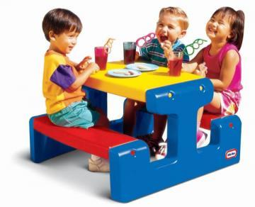 Masa picnic cu bancheta pentru 4 copii  (albastru, rosu, galben) - Pret | Preturi Masa picnic cu bancheta pentru 4 copii  (albastru, rosu, galben)