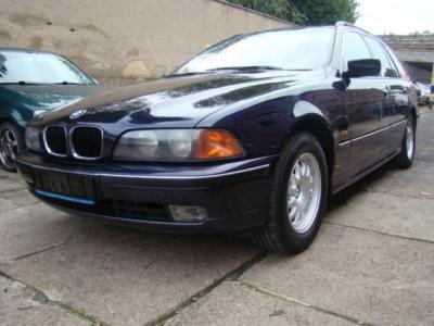 Dezmembrez BMW 525 2.5 tds break din 1999 cutie de viteze automata - Pret | Preturi Dezmembrez BMW 525 2.5 tds break din 1999 cutie de viteze automata