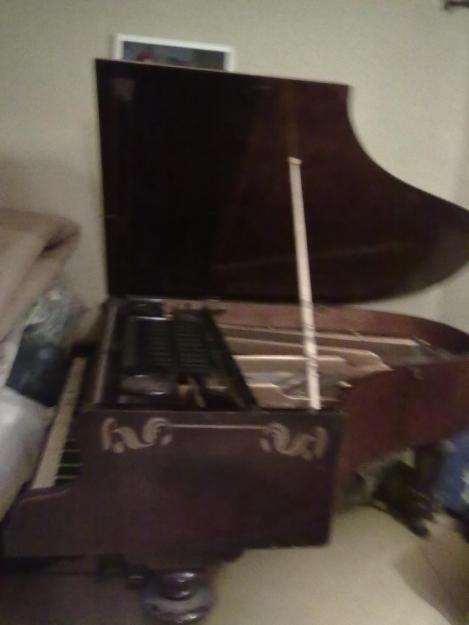 vand pian vechi - Pret   Preturi vand pian vechi