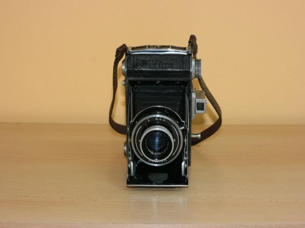 De vanzare colectie de aparate foto clasice: peste 100 bucati - Pret | Preturi De vanzare colectie de aparate foto clasice: peste 100 bucati