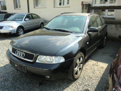 Dezmembrez Audi A4 2.5 tdi break din 2000 - caroserie - Pret | Preturi Dezmembrez Audi A4 2.5 tdi break din 2000 - caroserie